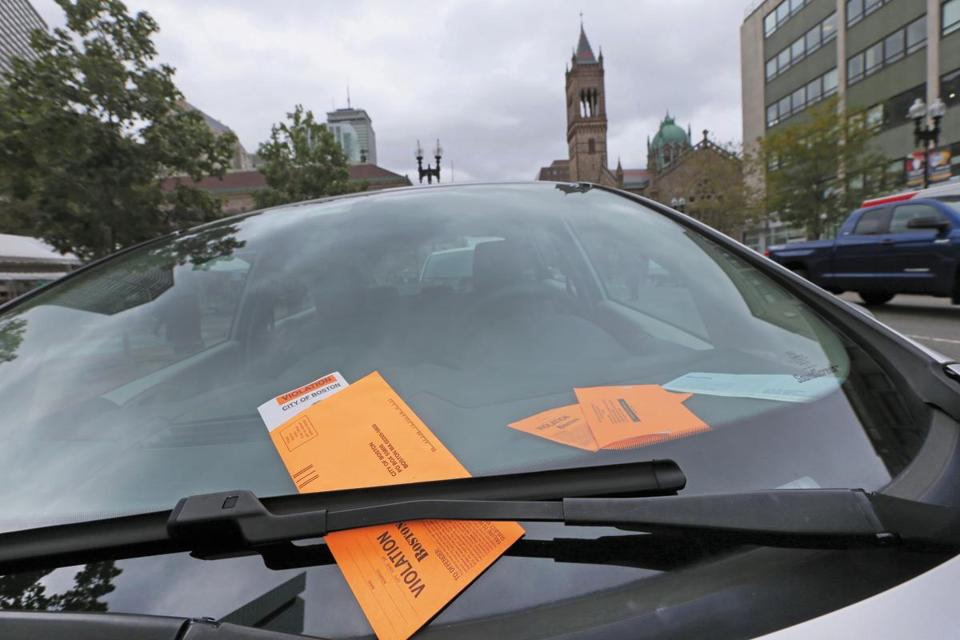 BOSTON, MA - 10/01/2015: PARKING.. Some cars get hundreds of parking tickets in Boston at Copley Sq (David L Ryan/Globe Staff Photo) SECTION: METRO TOPIC 26mosttickets_photo